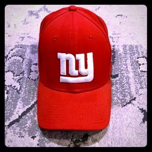 NWT New Era 39thirty New York Giants Red Hat M/L